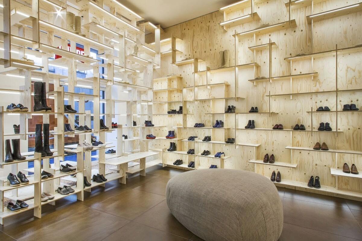 бутик обуви кампер фото