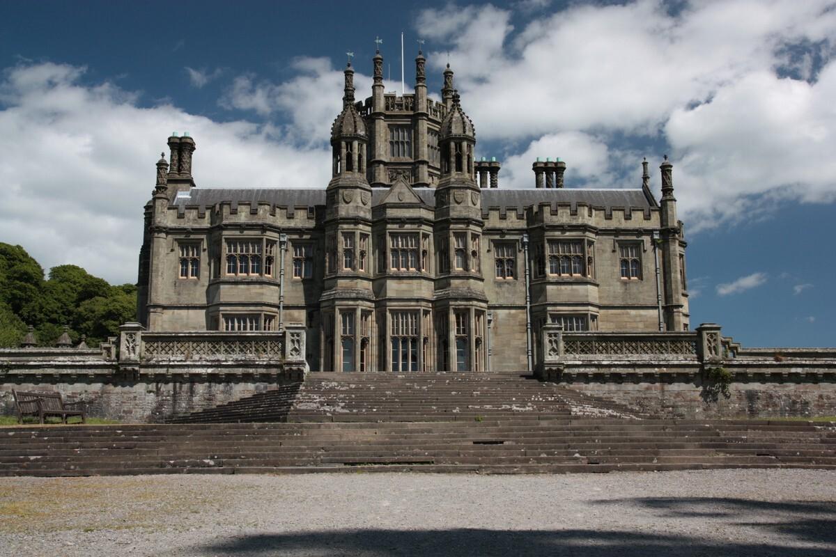 Замок Маргам в Порт-Толбот / Margam Castle