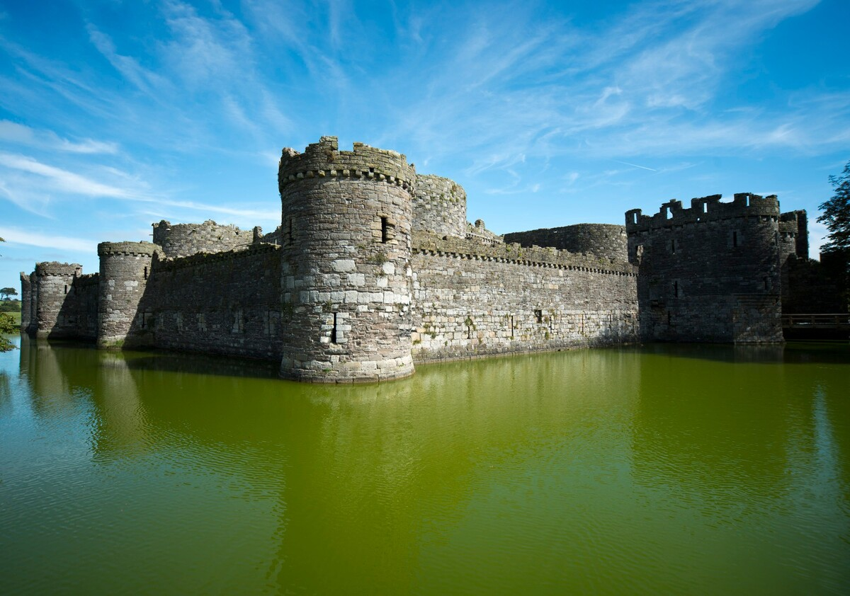 Замок Бомарис / Beaumaris Castle