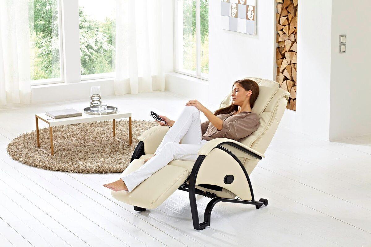 Удобное массажное кресло