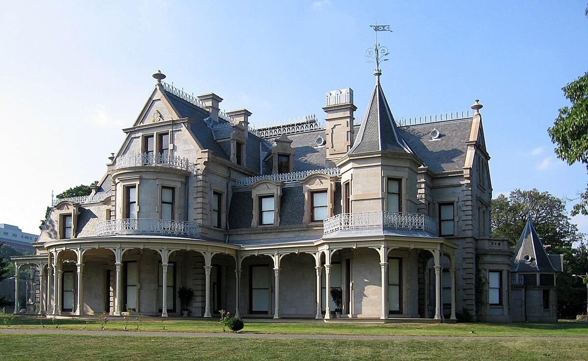 викторианская готика в архитектуре