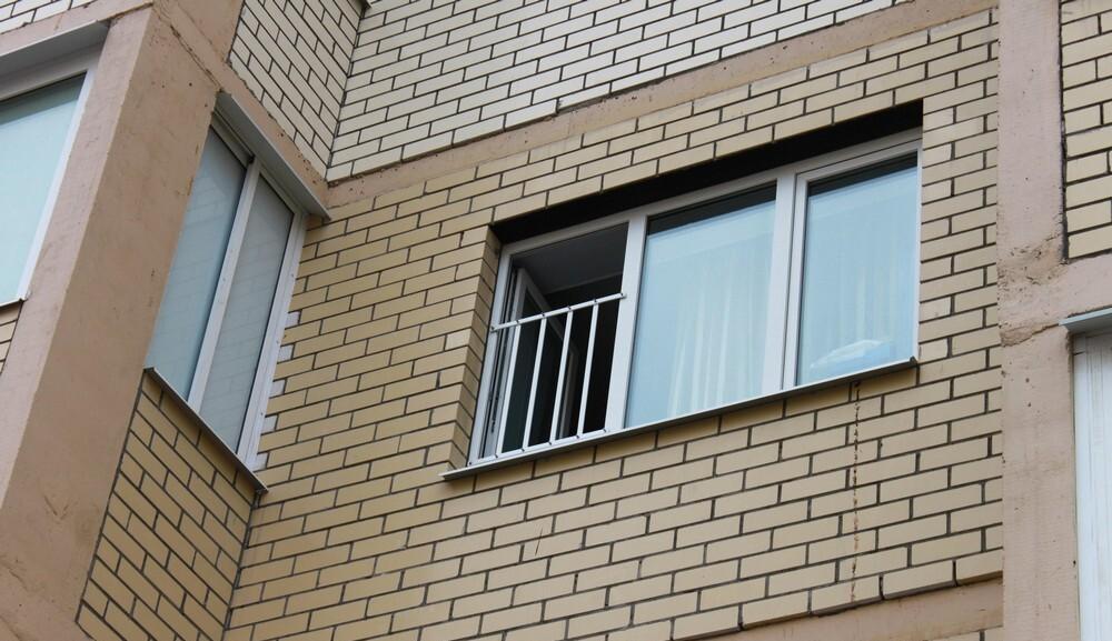1467972077577f79ed12020 Окна безопасные для ребенка | Роскошь и уют Фото