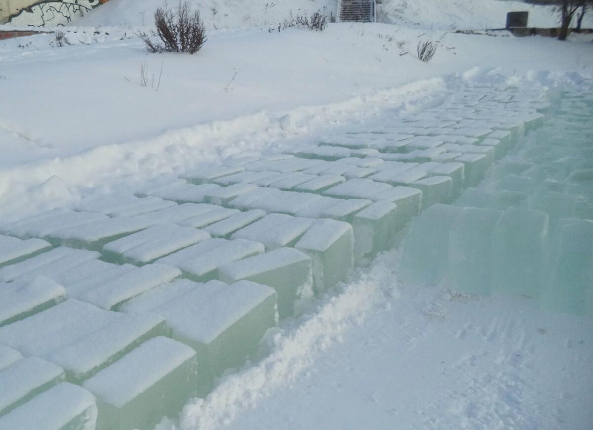 В Костроме началась заготовка материала для фестиваля снежно-ледовых скульптур