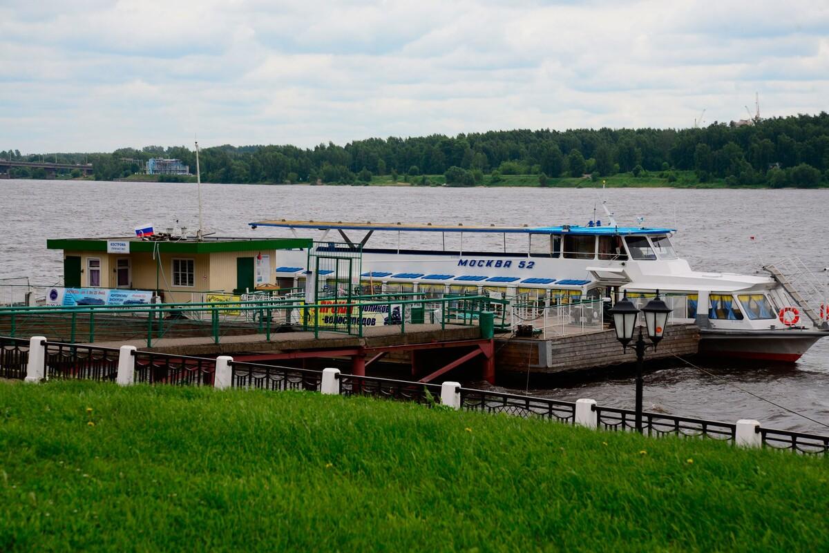 Расписание парома через Волгу, электрички и автобусов в Костроме во время ремонта моста