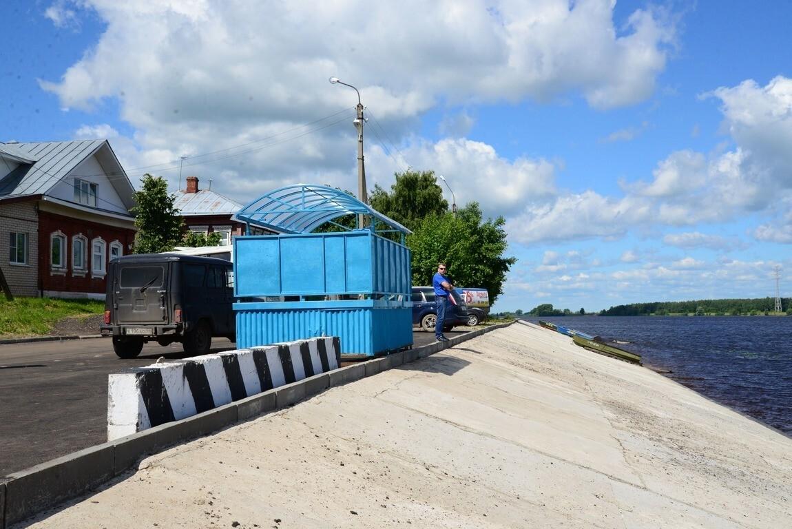 Для обеспечения транспортной доступности на время ремонта моста обустроен подъезд к причалу на правом берегу Волги