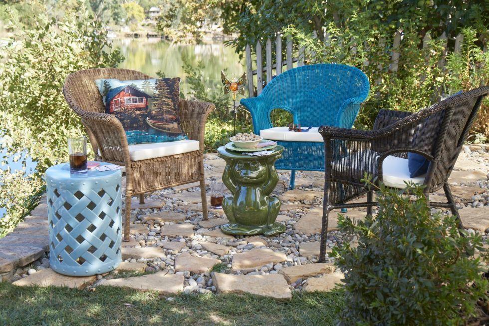 плетеная мебель для сада синего цвета