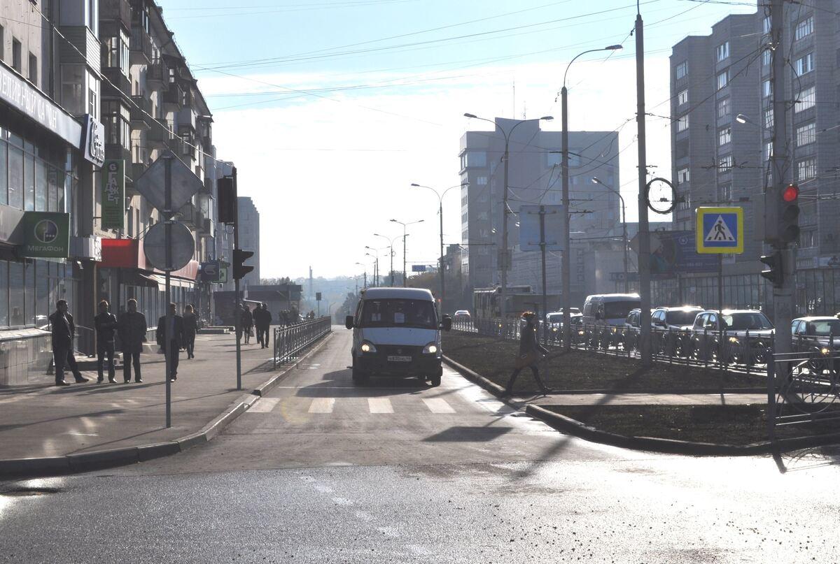 1 мая будет временно ограничено движение по выделенной полосе для общественного транспорта на улице Советской