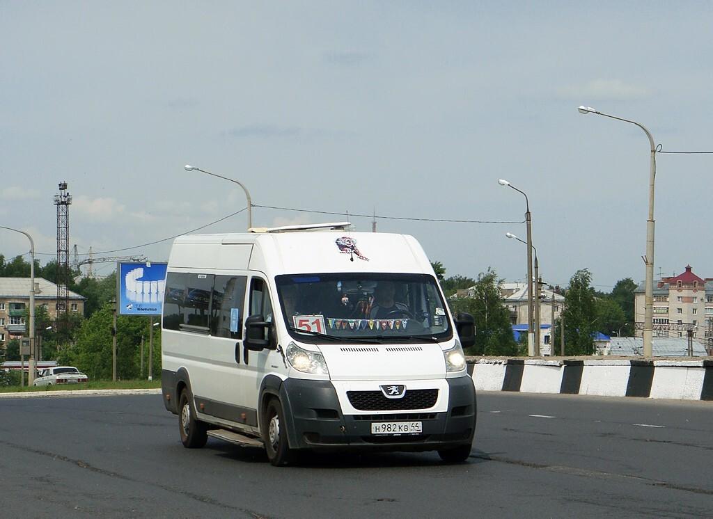 С введением одностороннего движения в центральной части Костромы меняется движение автобусов