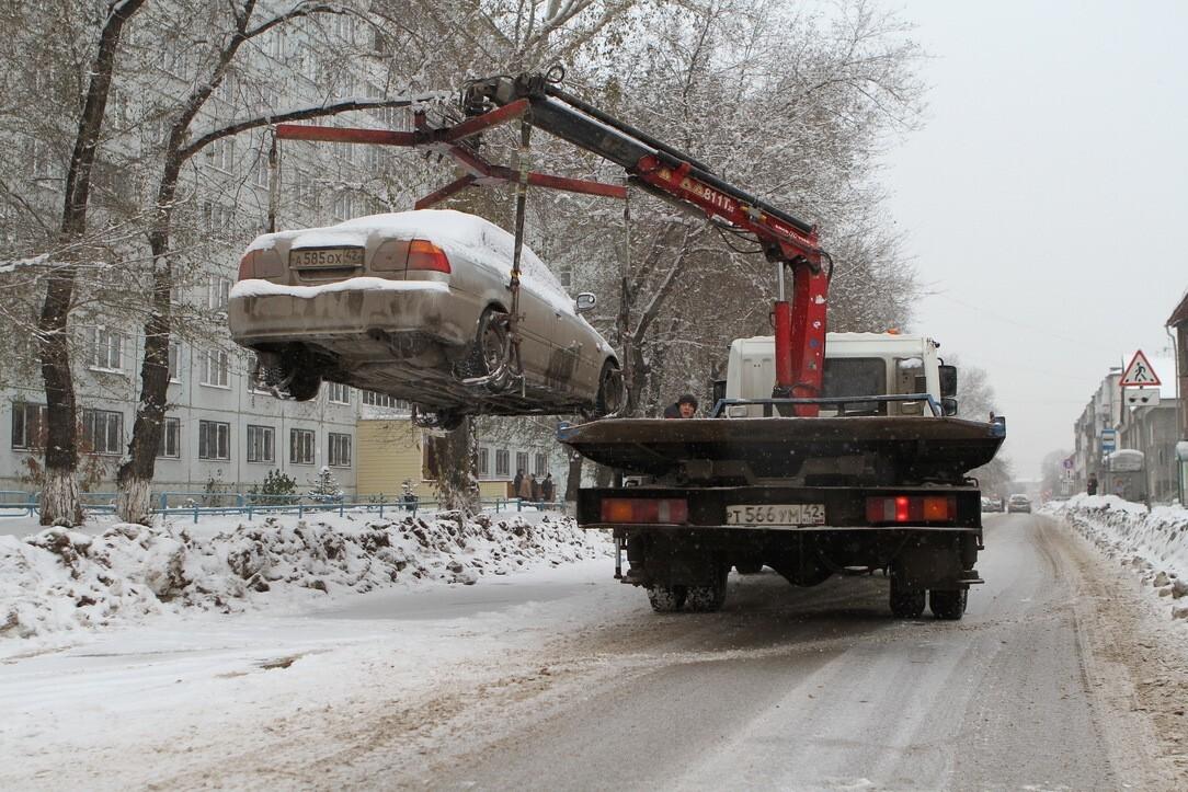 Мешающие уборке снега автомобили будут эвакуированы