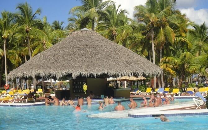 Самый большой бассейн в мире Эль Кампо