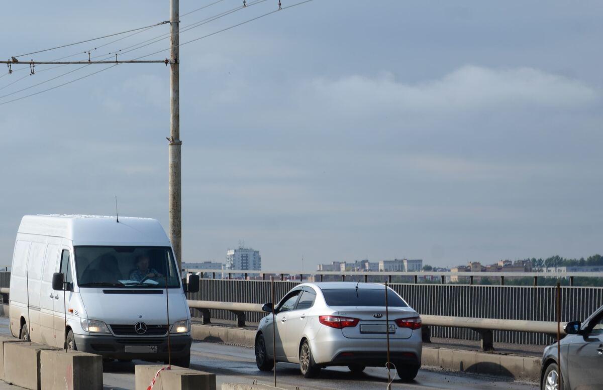 Третью полосу на мосту через Волгу планируется открыть 18 октября