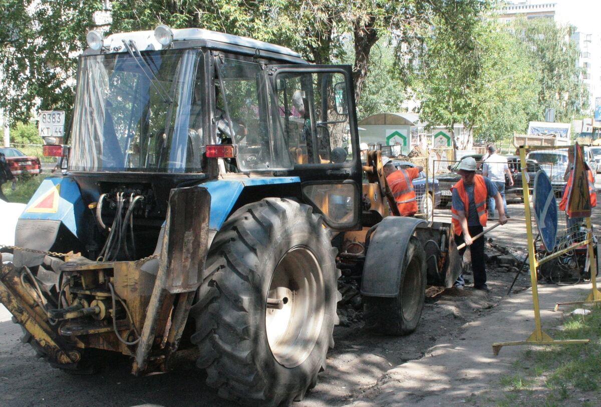 Перед ремонтом дорог в Костроме приводят в порядок коммунальные сети