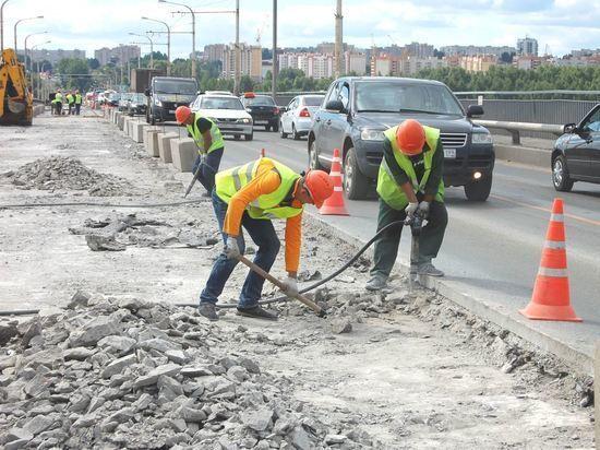 На правоповоротном съезде моста через Волгу возобновляются ремонтные работы