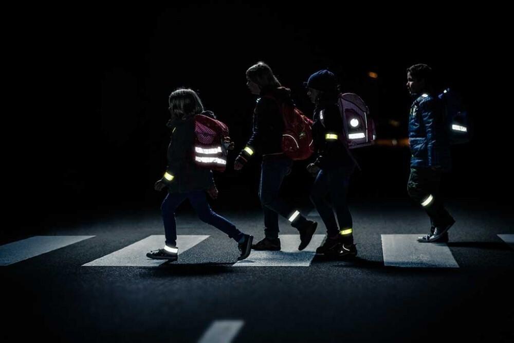 Костромская Госавтоинспекция предупреждает об опасности на дорогах в темное время суток