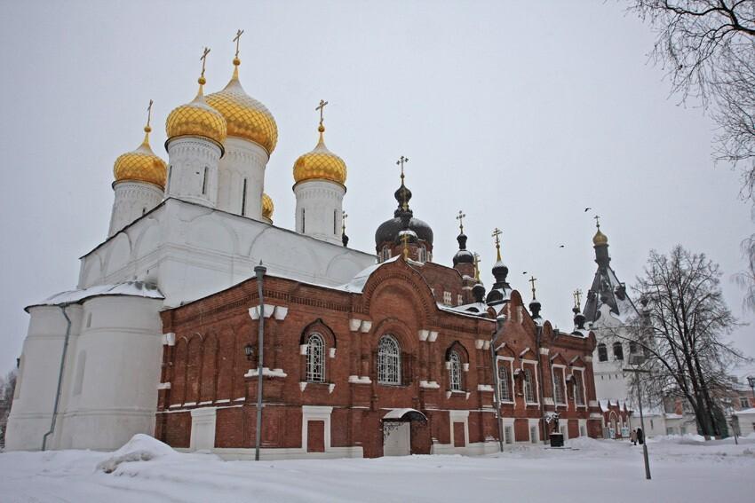 На время рождественского богослужения будет изменено движение транспорта на улице Симановского