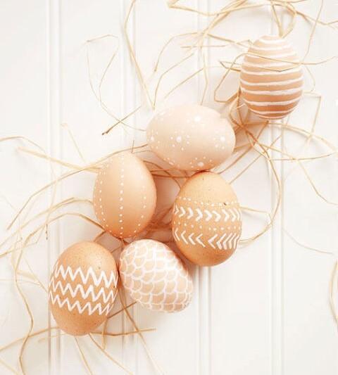яйца на пасху белые
