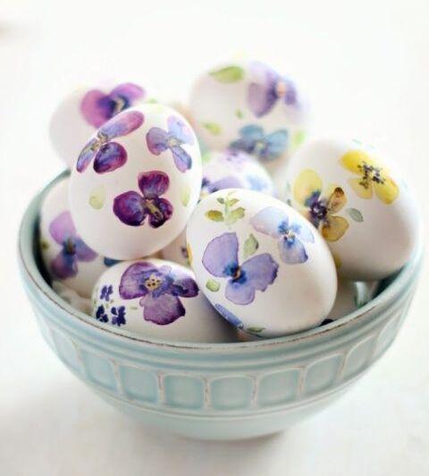 яйца на пасху с цветами