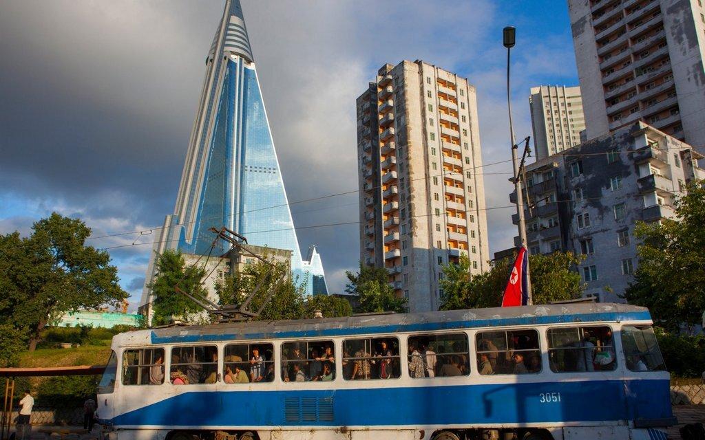 современные здания в северной корее