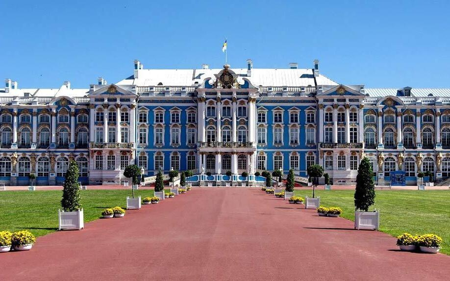 Пушкин. Вид на Большой Екатерининский дворец