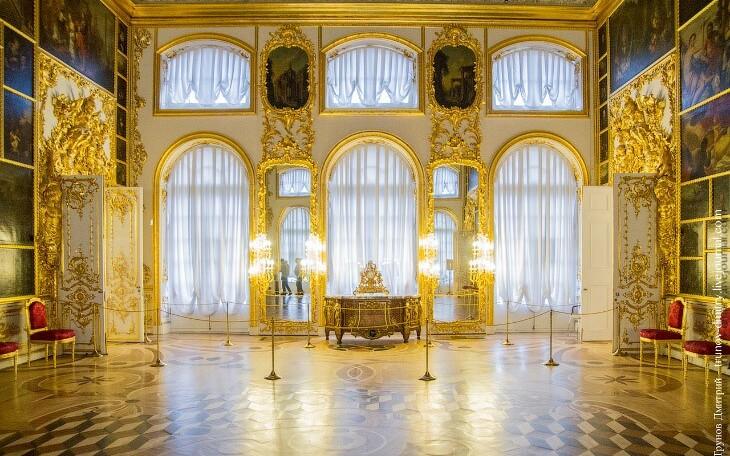 внутри большого екатерининского дворца