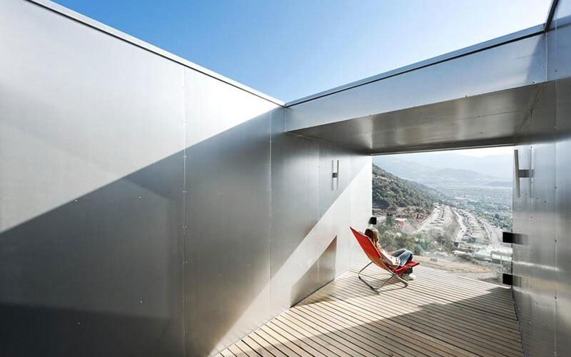 150589508859c222b064970 Удивительные современные дома из контейнеров Фото