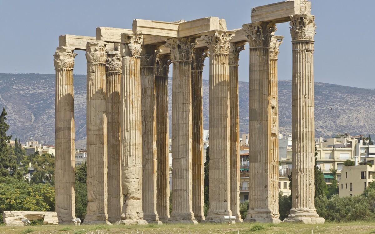 Олимпийский храм Зевса руины