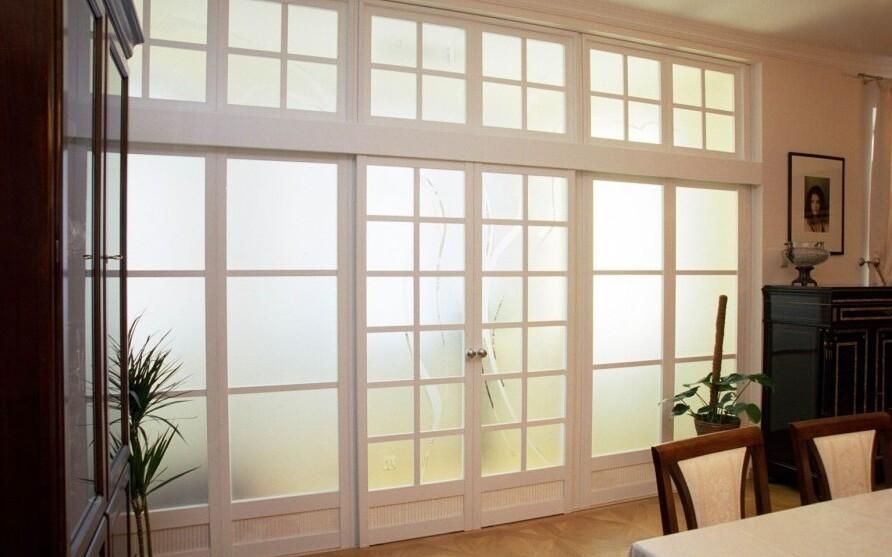 15144614295a44d8f513284 Что нужно знать о стеклянных стенах и панелях Фото