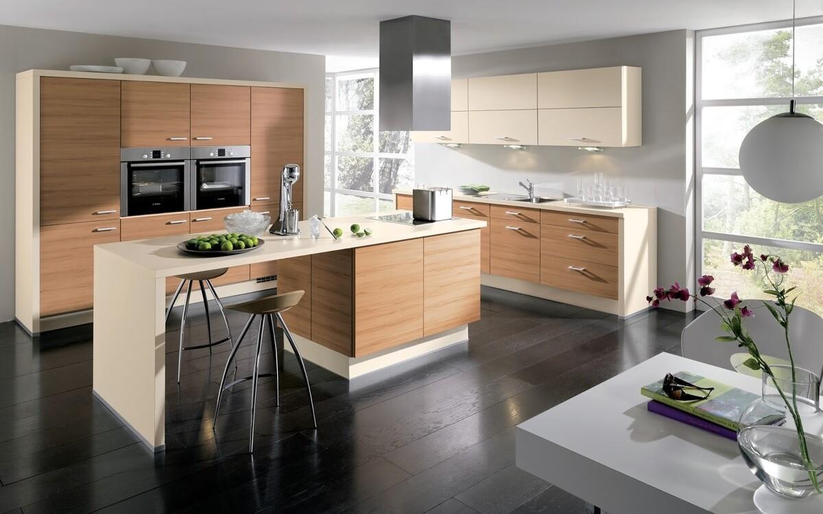 дизайн кухни студии с барной стойкой которая выходит в гостиную