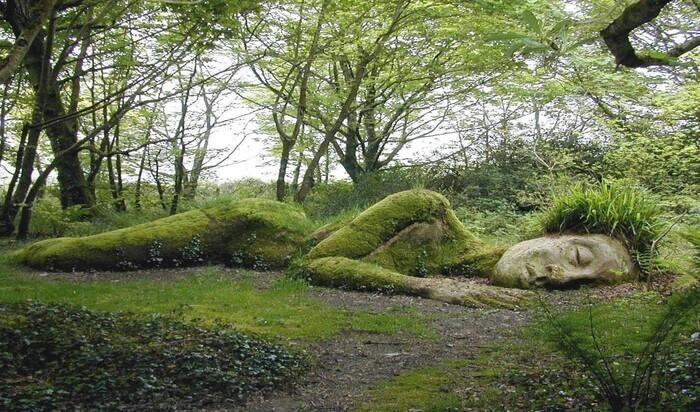 Прогулка по самым странным садам мира