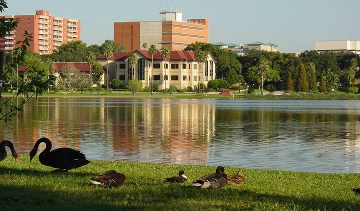 5 прибрежных городов в США, где выгоднее покупать недвижимость