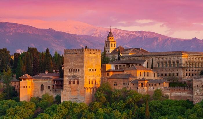 Арабская архитектура, доставшаяся современной Испании в наследие от мавров