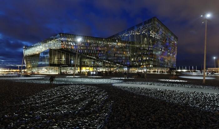 10 самых показательных зданий современной архитектуры последних лет