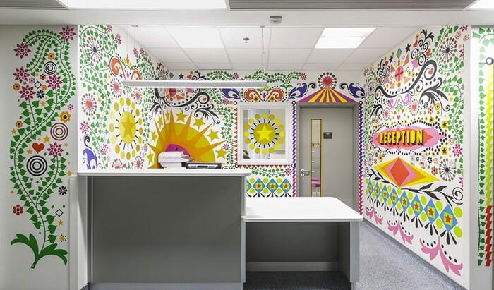 Художники объединились для того, чтобы превратить Лондонский госпиталь для детей в уютное место