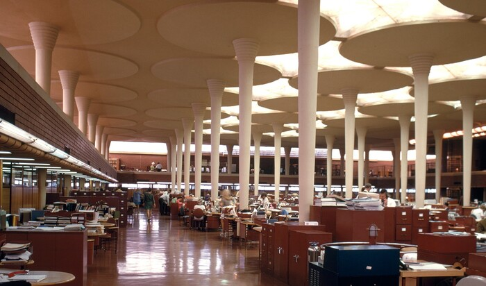 Колонны в современном стиле: что стало с классическим архитектурным элементом