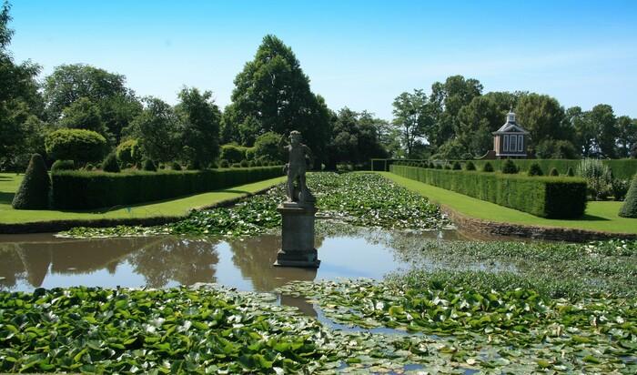 Зелёные водоёмы. 5 очаровательных британских садов на воде