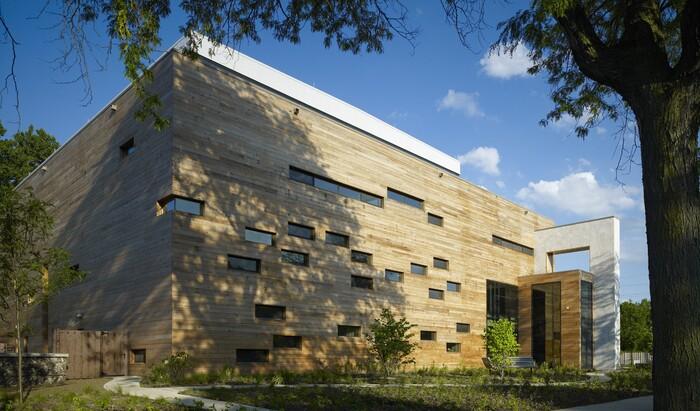 Как выглядит современная синагога