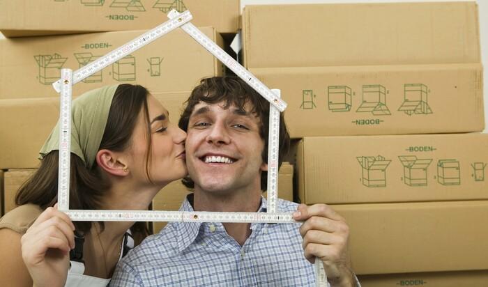 Новое жильё: как перевезти вещи и во что вложить финансы в первую очередь?