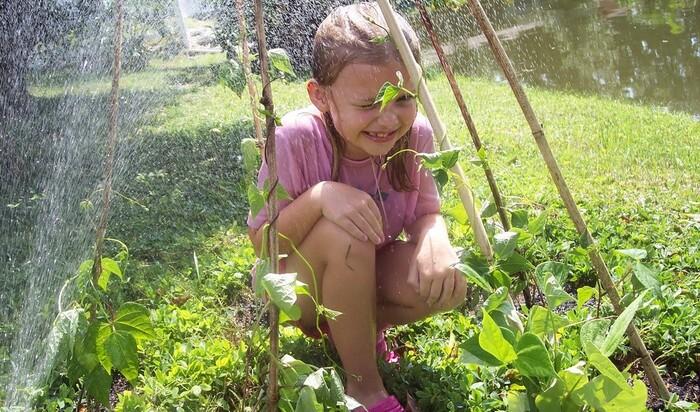 По мнению Ребекки Коэн, работа в саду сближает родителей и малышей