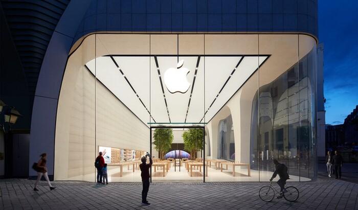 Что делают деревья в новом магазине Apple?