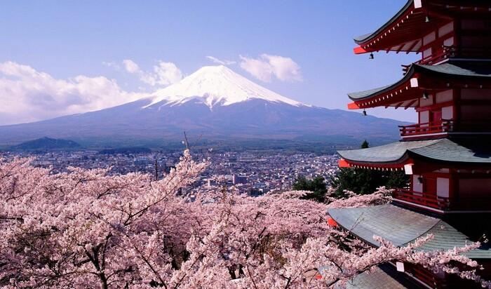 Япония, вдохновенная и вдохновляющая