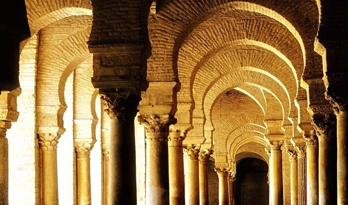 Происхождение и применение арок и арочных конструкций