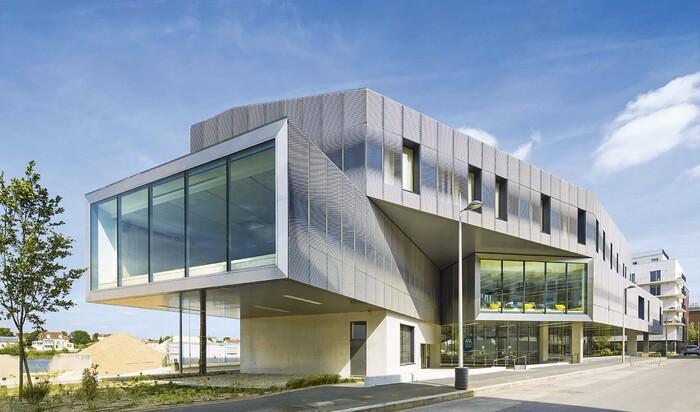 Архитектурная студия Бренака и Гонсалеса:  медиатека имени Луи Арагона