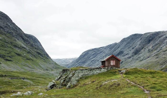 Жилые мини-дома для интровертов: Жизнь вдали от цивилизации