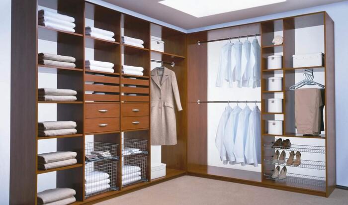 Как сделать гардеробную: оборудование для гардеробной комнаты