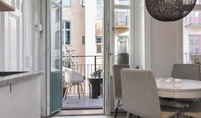 Балкон в скандинавском стиле. Натурально, лаконично, совершенно
