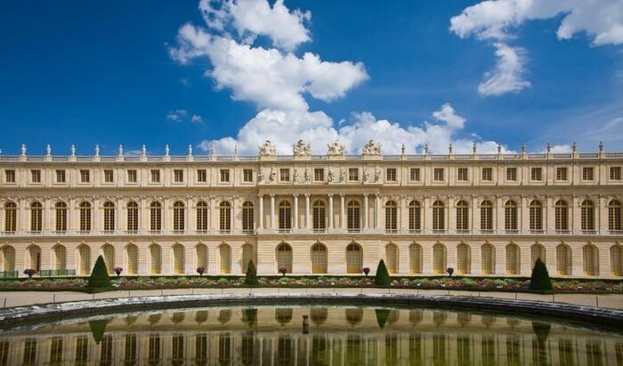 """Новое украшение для Версаля: """"танцующие фонтаны"""" в память о Людовике"""