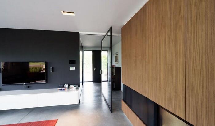 Инновационные вращающиеся двойные двери в качестве комнатных перегородок