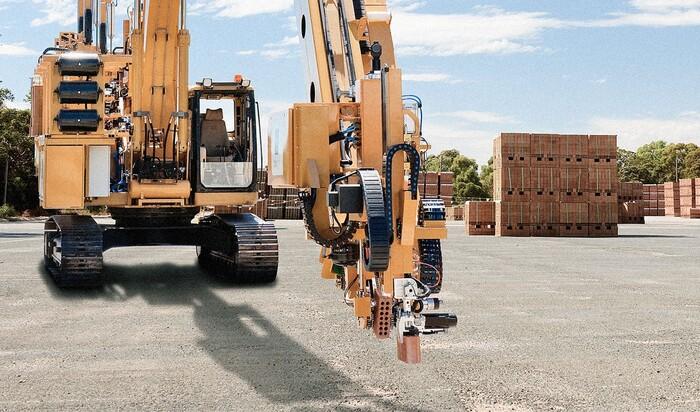Будущее сферы строительства: робот, кладущий кирпичи, сможет построить 150 домов в год