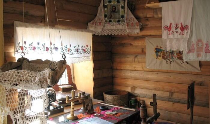 Украшение «красного» угла в русских избах. Обязательные элементы