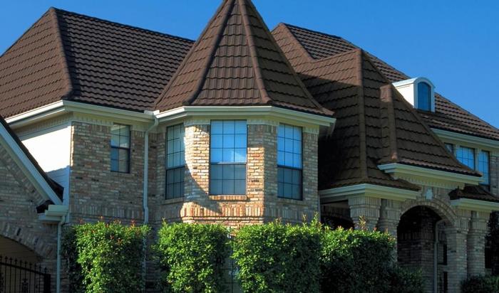Виды фасадных материалов: натуральные и виниловые варианты